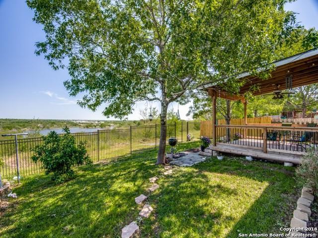 7931 Donshire Dr, Converse, TX 78109 (MLS #1305731) :: Exquisite Properties, LLC