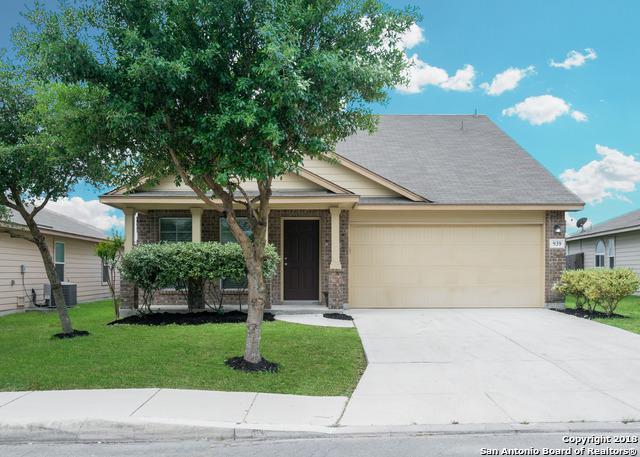 939 Snowshoe, San Antonio, TX 78245 (MLS #1305857) :: ForSaleSanAntonioHomes.com