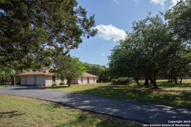31513 Wildcat Dr, Bulverde, TX 78163 (MLS #1305936) :: Alexis Weigand Real Estate Group