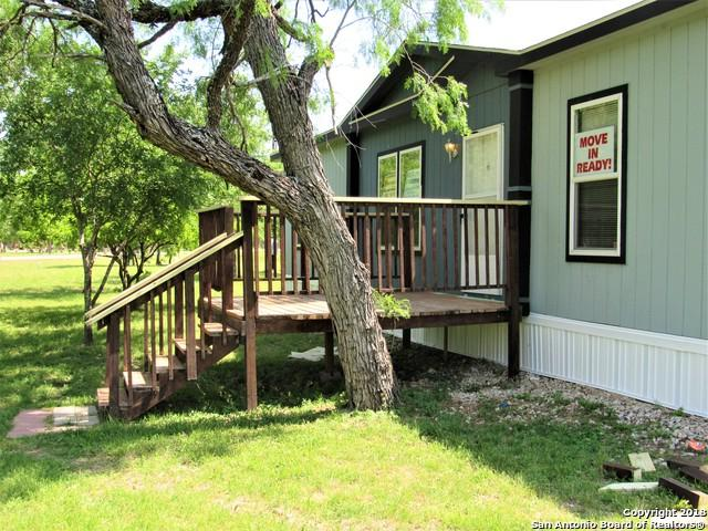 642 County Road 4647, Hondo, TX 78861 (MLS #1306249) :: Erin Caraway Group