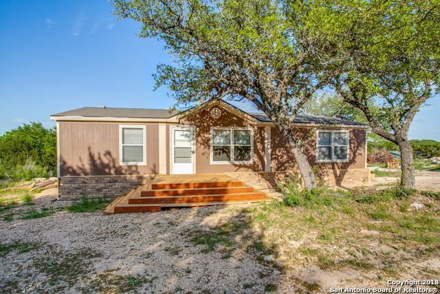 15132 Cranes Mill Rd, Canyon Lake, TX 78133 (MLS #1306410) :: NewHomePrograms.com LLC