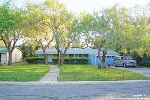 1032 Ivy Ln, San Antonio, TX 78209 (MLS #1306477) :: ForSaleSanAntonioHomes.com