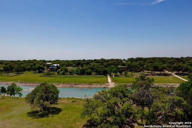 1701 Rio Ranchero, Pipe Creek, TX 78063 (MLS #1306529) :: Alexis Weigand Real Estate Group