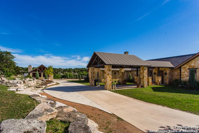364 Japonica Rd Sw, Hunt, TX 78024 (#1306563) :: The Perry Henderson Group at Berkshire Hathaway Texas Realty
