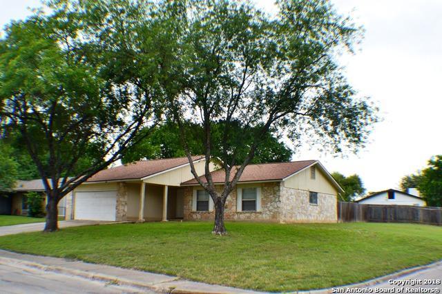 5247 Tom Stafford, Kirby, TX 78219 (MLS #1306575) :: Magnolia Realty