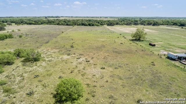 PROPID#10465 Lozano Rd, Poteet, TX 78065 (MLS #1306593) :: Tom White Group