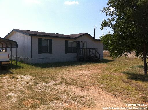 321 Parkfield, Pleasanton, TX 78064 (MLS #1306637) :: The Castillo Group