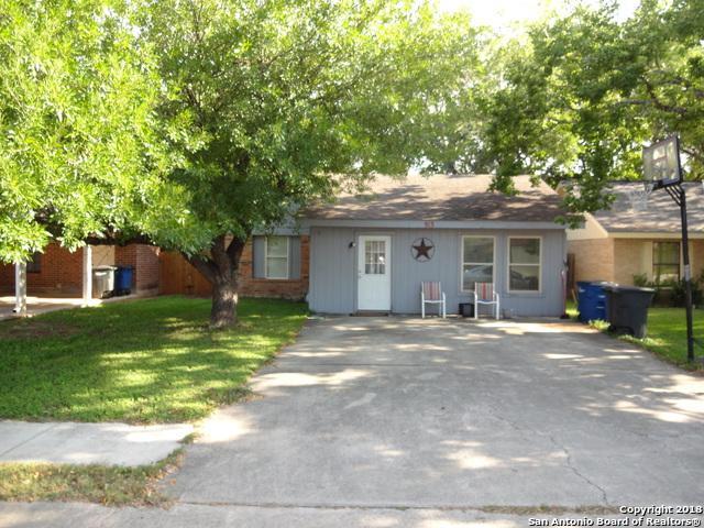 913 Sundance, New Braunfels, TX 78130 (MLS #1306775) :: Erin Caraway Group