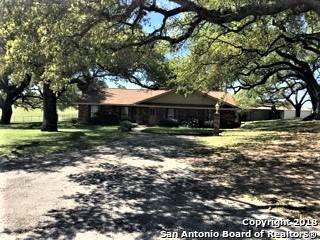 919 W Fm 2200, Devine, TX 78016 (MLS #1306800) :: The Castillo Group