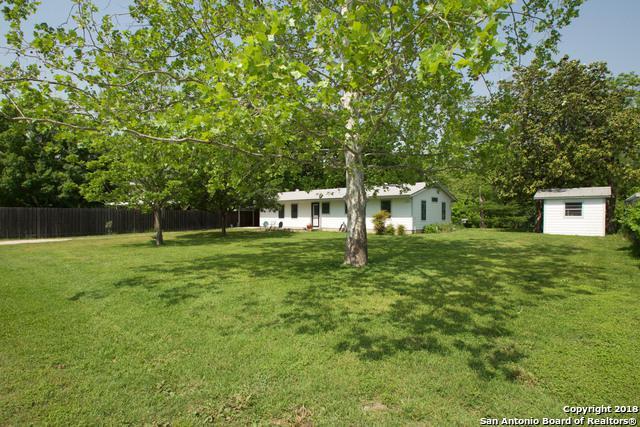 181 Waldrip, Staples, TX 78670 (MLS #1306861) :: Magnolia Realty