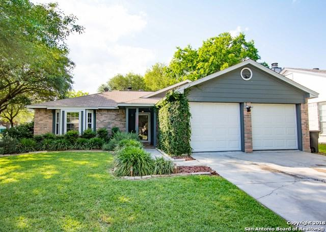 7901 Forest Crossing, Live Oak, TX 78233 (MLS #1307943) :: Erin Caraway Group