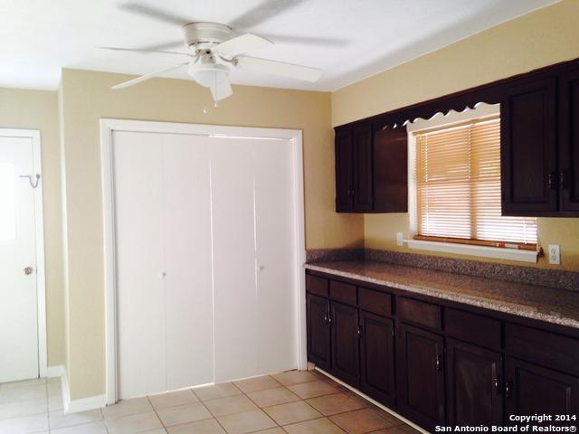 342 Brettonwood Dr, San Antonio, TX 78218 (MLS #1307953) :: Alexis Weigand Real Estate Group