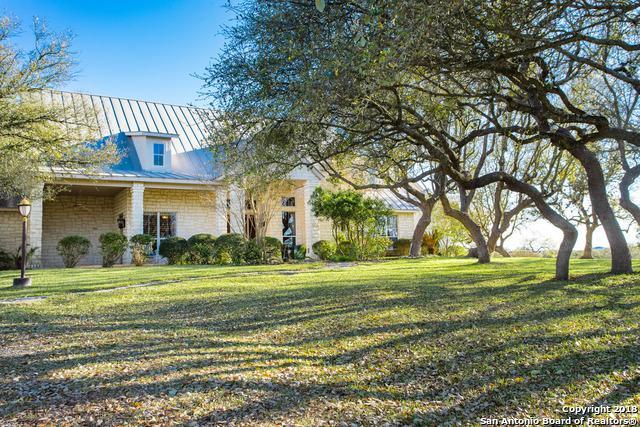 132 Poehnert Rd, Boerne, TX 78006 (MLS #1307959) :: Tami Price Properties Group