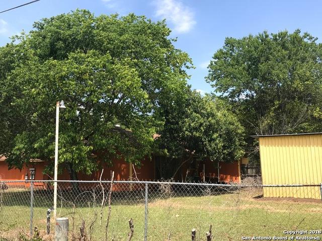 12743 Kearney Rd, Atascosa, TX 78002 (MLS #1308131) :: Magnolia Realty