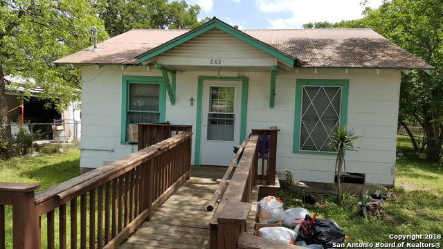 262 N Washington Ave, New Braunfels, TX 78130 (MLS #1308148) :: Erin Caraway Group