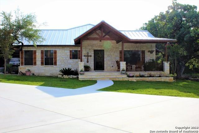 193 Silver Mine Pass, ConCan, TX 78838 (MLS #1308157) :: NewHomePrograms.com LLC