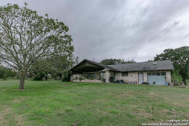 125 Agape Dr, Woodsboro, TX 78393 (MLS #1308231) :: Erin Caraway Group