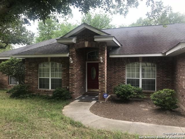 1830 Burr Oak Ln, Adkins, TX 78101 (MLS #1308727) :: Erin Caraway Group