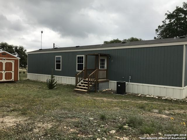 460 Pr 1515, Bandera, TX 78003 (MLS #1308806) :: Magnolia Realty