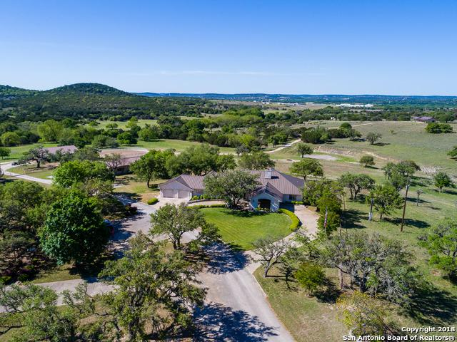 193 Ranch House Rd, Kerrville, TX 78028 (MLS #1309059) :: The Castillo Group