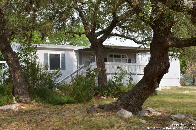 1186 Nobhill Dr, Spring Branch, TX 78070 (MLS #1309250) :: Magnolia Realty