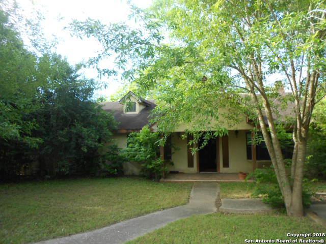 909 E Walnut St, Seguin, TX 78155 (MLS #1309484) :: Exquisite Properties, LLC