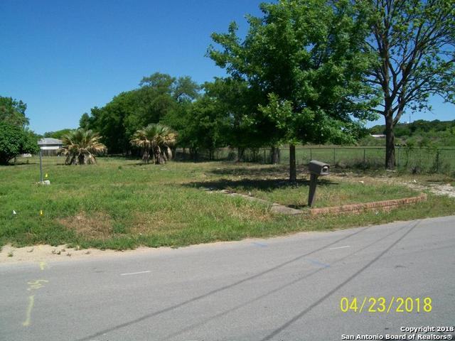 306 N Meeker Rd., Kerrville, TX 78028 (MLS #1309602) :: Alexis Weigand Real Estate Group