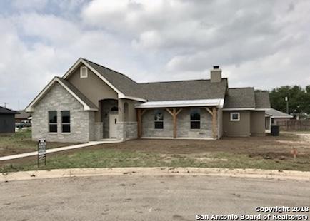 504 34TH ST, Hondo, TX 78861 (MLS #1309636) :: Exquisite Properties, LLC