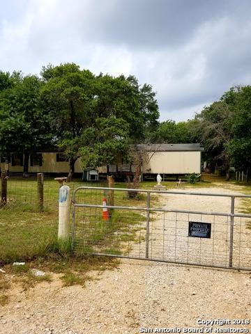 330 W Ridgeway, Somerset, TX 78069 (MLS #1309662) :: Exquisite Properties, LLC
