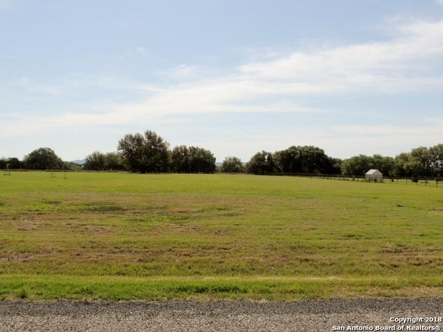 LOT 535 Buckskin Trail, Bandera, TX 78003 (MLS #1309932) :: Erin Caraway Group