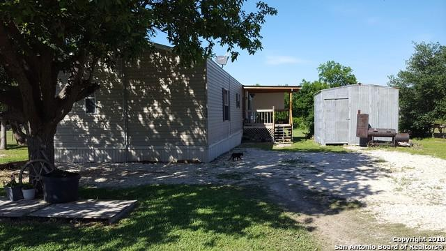 1106 Candy Ln, Marion, TX 78124 (MLS #1310154) :: Magnolia Realty