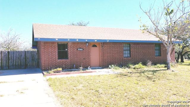 2654 Oak Grove Rd, Beeville, TX 78102 (MLS #1311526) :: Magnolia Realty