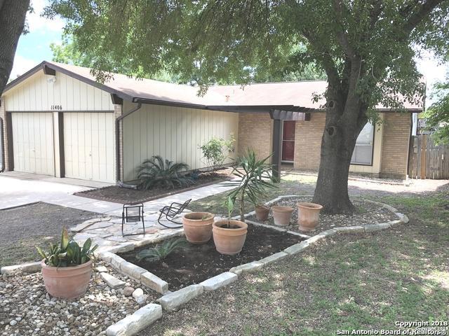 11406 Jarbo Pass Dr, San Antonio, TX 78245 (MLS #1311802) :: Erin Caraway Group
