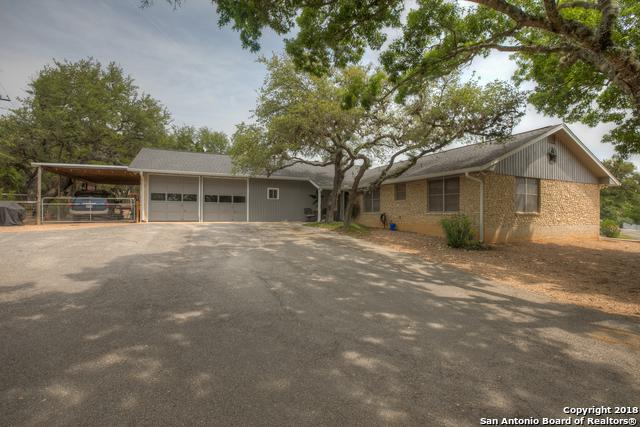129 W Outer Dr, Canyon Lake, TX 78133 (MLS #1312182) :: Neal & Neal Team