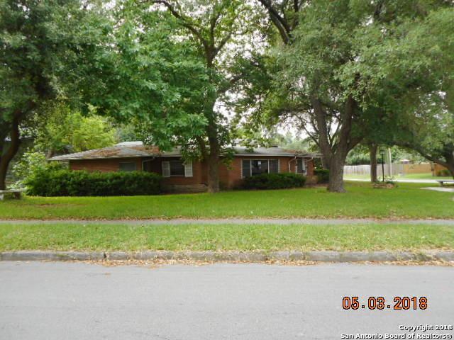 202 Maplewood Lane, San Antonio, TX 78216 (MLS #1312223) :: Exquisite Properties, LLC