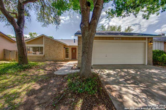 5742 Brambletree St, San Antonio, TX 78247 (MLS #1312284) :: Exquisite Properties, LLC