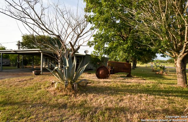 1932 Jakes Colony Rd, Seguin, TX 78155 (MLS #1312672) :: Exquisite Properties, LLC