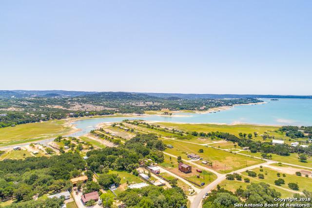 733 Harbour Way, Lakehills, TX 78063 (MLS #1312775) :: Berkshire Hathaway HomeServices Don Johnson, REALTORS®