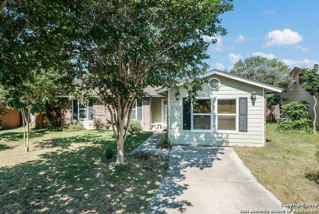 5907 Cliff Bank St, San Antonio, TX 78250 (MLS #1313032) :: Magnolia Realty