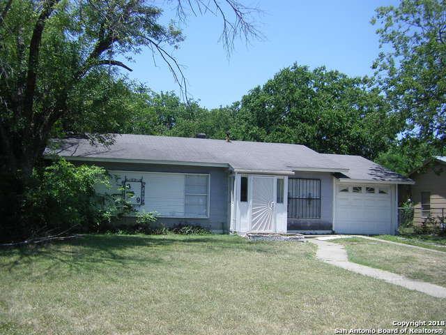 819 Yellow Wood Dr, San Antonio, TX 78219 (MLS #1313166) :: Magnolia Realty