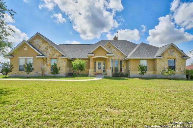 224 Abrego Lake Dr, Floresville, TX 78114 (MLS #1313683) :: Exquisite Properties, LLC
