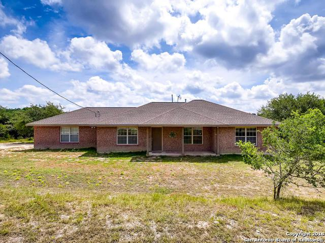 1120 Lakeridge Loop, Lakehills, TX 78063 (MLS #1313830) :: Tom White Group
