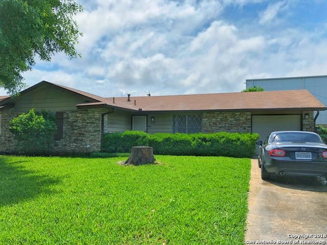 5142 Village Row, San Antonio, TX 78218 (MLS #1313839) :: Erin Caraway Group