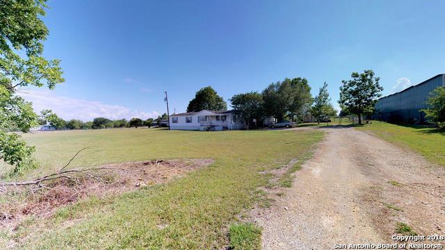 765 Sassman Rd, Marion, TX 78124 (MLS #1313962) :: Neal & Neal Team