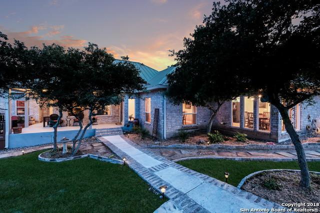 239 Kreutzberg Rd, Boerne, TX 78006 (MLS #1314085) :: The Castillo Group