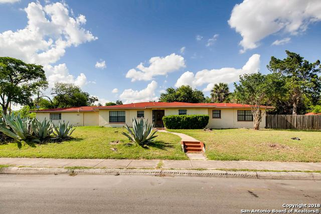 1943 W French Pl, San Antonio, TX 78201 (MLS #1314133) :: Alexis Weigand Real Estate Group