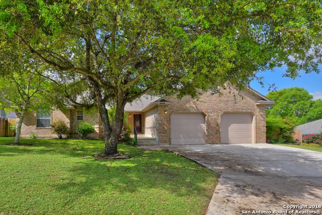 1912 Round Table, New Braunfels, TX 78130 (MLS #1314169) :: Erin Caraway Group