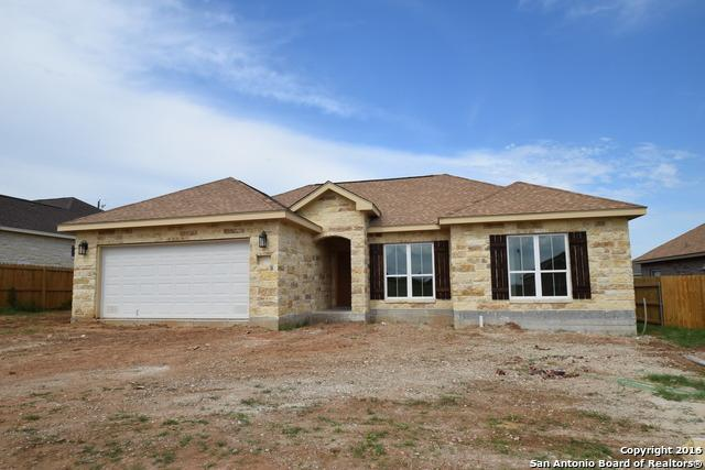 137 North First St, Floresville, TX 78114 (MLS #1314413) :: The Castillo Group