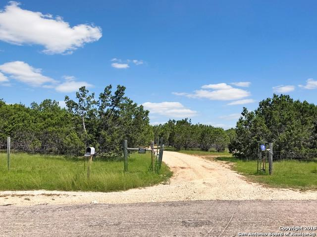 2504 River Bluff Circle, Pipe Creek, TX 78063 (MLS #1314706) :: Tami Price Properties Group