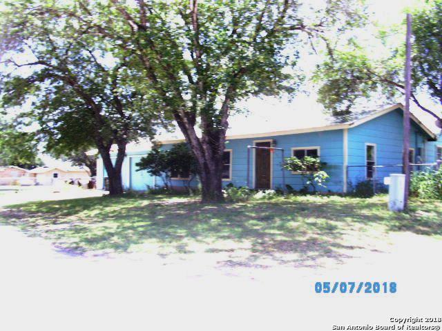 205 W 9TH ST, Leming, TX 78050 (MLS #1314916) :: Tom White Group